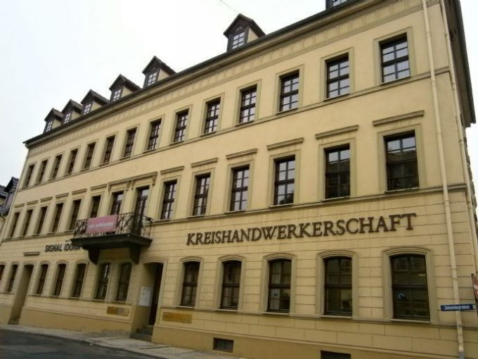 Gepflegte Büro- und Praxisräume zur vielseitigen Verwendung in Altenburg